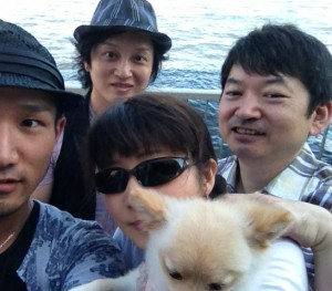 桜塚やっくんと、やっくんの愛犬「シェリーちゃん」も一緒に、<br /> 皆でピクニックしてきました。